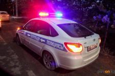 Плюнувшего на полицейский автомобиль павлодарца арестовали