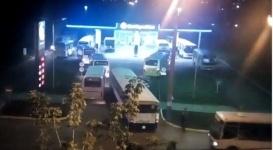 Видео очереди автобусов на АЗС в Петропавловске вызвало ажиотаж в Сети