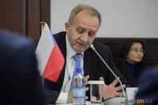 Сотрудничество в области авиабизнеса предложил посол Республики Чехия