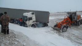 В Павлодарской области фуру занесло в кювет