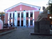 Новые спектакли в театре имени Чехова