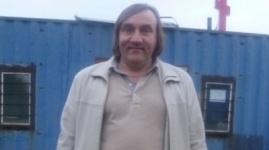 Павлодарский Депардье использует сходство с актером
