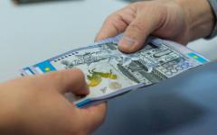 Двух чиновников в Павлодарской области, получивших взятку, рекомендовали уволить