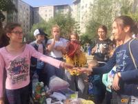 Праздник для детей в честь Дня Конституции организовали жители павлодарской многоэтажки