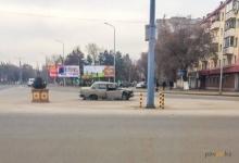 На некоторых перекрестках Павлодара появились разбитые машины