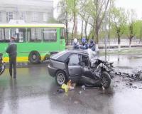 В Павлодаре иномарка протаранила автобус: 1 человек погиб