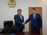 Булат Бакауов представил нового акима Щербактинского района