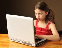 Бот «Виртуальная Лолита» использует теорию игр для распознания охотников на детей в интернет чатах