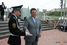 Аким Павлодарской области предложил выпускникам выбрать, как отпраздновать окончание школы
