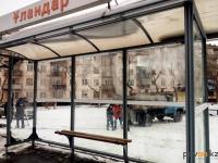 В Павлодаре за один месяц от рук вандалов и воров пострадали 22 автобусные остановки