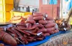 На сельскохозяйственных ярмарках в Павлодарской области торгуют перекупщики