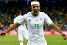 Алжирские футболисты пожертвуют деньги с чемпионата мира жителям Палестины