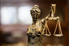 В Иртышском районном суде объяснили мягкий приговор водителю без прав, который пьяным сбил насмерть школьницу