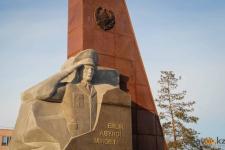 В Павлодаре увековечили память о полицейских, погибших при исполнении своего долга