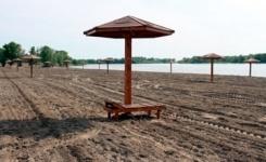 На городской пляж в Павлодаре к открытию сезона привезли 1,6 тыс. тонн чистого песка