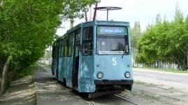 Трамвай протаранил грузовик в центре Павлодара