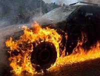 В селе Жетекши в гараже сгорела машина