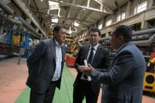 Булат Бакауов посетил Казахстанскую вагоностроительную компанию, задолжавшую работникам 135 млн тенге