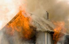 71-летний пенсионер погиб при пожаре в собственном дома в Павлодарской области