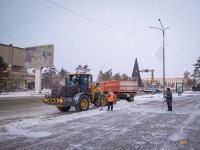 В Павлодаре приступила к работе снегоуборочная техника