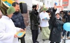В Павлодаре накануне Дня Независимости 215 семей отпраздновали новоселье