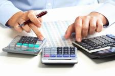 Почему некоторым жителям страны начисляют налоги на несуществующее или давно проданное имущество?
