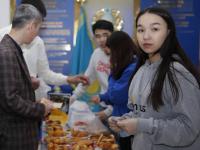 Почти 130 тысяч тенге собрали волонтеры из ПГУ на лечение пятилетнего мальчика
