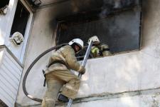 В Павлодаре на пожаре спасли восьмилетнего мальчика
