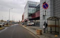 Павлодарские полицейские штрафуют водителей возле ТРЦ «Batyrmall»