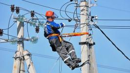 В Павлодарской области электромонтер скончался от удара током во время работы на сети электроснабжения