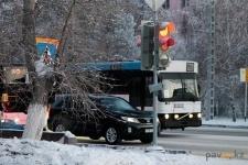 Павлодарские автопарки создают дополнительные ремонтные бригады из-за участившихся поломок автобусов в сильные морозы