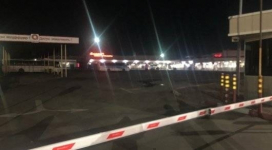 Автобус с пассажирами заблокировали на автовокзале в Павлодаре