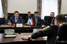 Посол Нидерландов предложил Булату Бакауову сотрудничество в области экологии