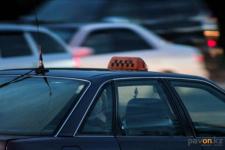 Павлодарские полицейские за 20 минут задержали подозреваемых в разбойном нападении на таксиста