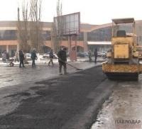 Павлодарцев шокировала укладка асфальта на месте будущей сельхозярмарки