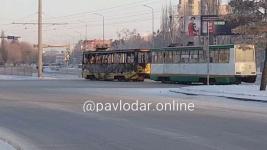 В Павлодаре сгорел трамвай