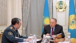 Военнослужащие поблагодарили Назарбаева за повышение зарплаты