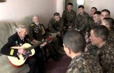 Ветераны встретились с новобранцами Нацгвардии в Павлодаре