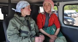 Блуждавших 5 суток в горах туристок нашли в Алматинской области