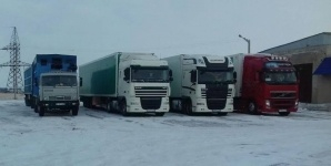Несколько автобусов и машин скопилось на КП в районе поселка Шидерты