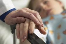 В Кокшетау ребенок едва не умер после обряда обрезания