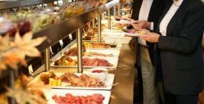 Казахстанские чиновники могут остаться без обедов