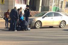 Павлодарский школьник попал под машину при переходе дороги