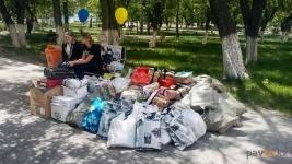 В Павлодаре собрали две тонны макулатуры в пользу бездомных животных