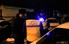 Павлодарские полицейские ищут нарушителей правил парковки