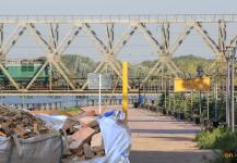 Павлодарцы вывозили строительный мусор на набережную и Гусиный перелет