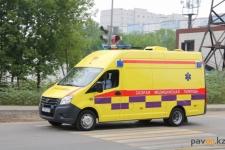 Мужчина выпал из окна квартиры в Павлодаре