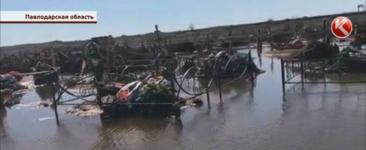 В Павлодарской области затопило часть старого кладбища