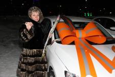 В свой 50-летний юбилей Аксуский завод ферросплавов вручил работникам особые подарки
