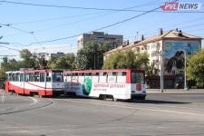 Павлодарцы штурмуют трамваи-развозки предприятий по выходным